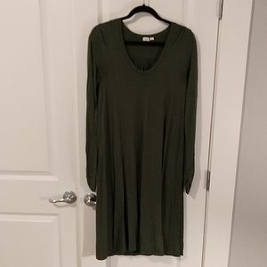 GAP Olive midi t-shirt dress